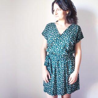 Photo robe Esmée robe portefeuille patron mespatronsdefille makerist monblabladefille.com