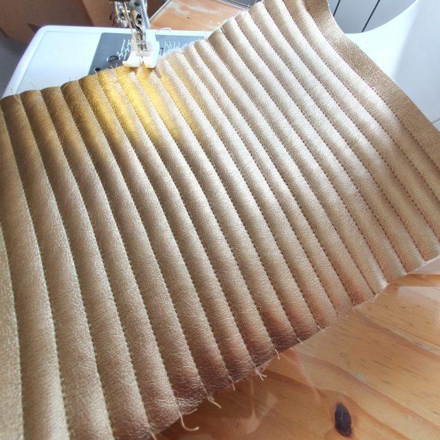 Patron du hack du  Sac Eugène matelassage doré cuir tuto facile sew bag monblabladefille