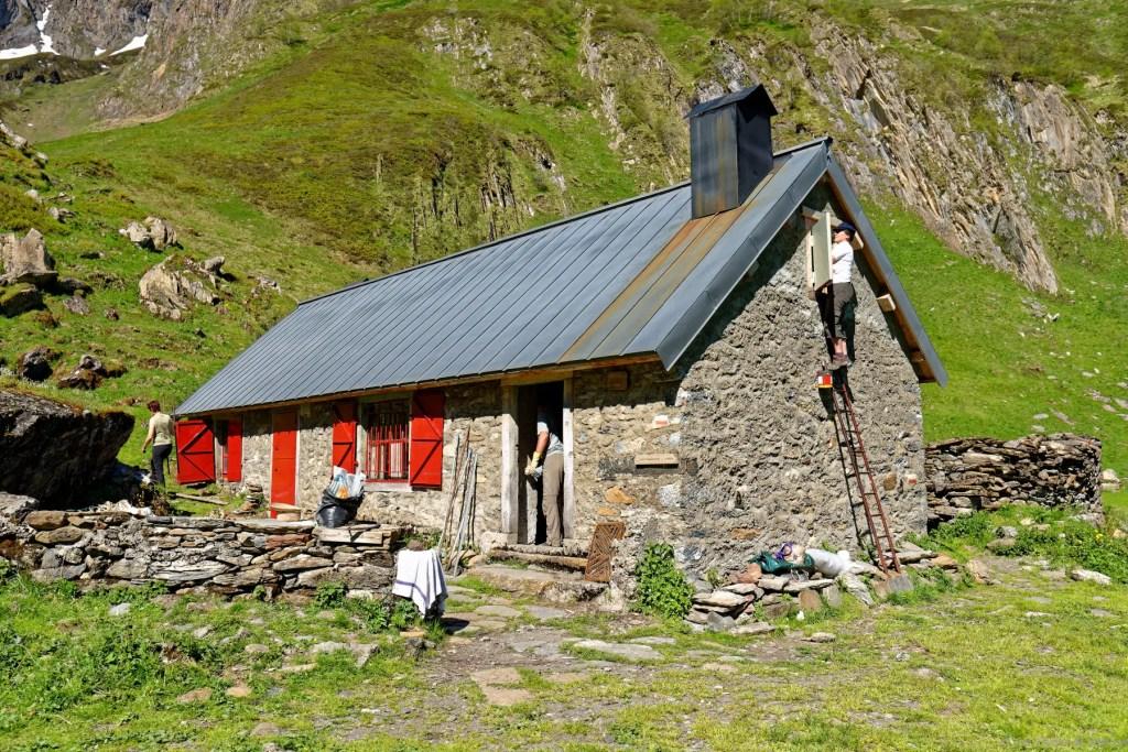 Cabane d'Aula - rénovation en juin 2019 10