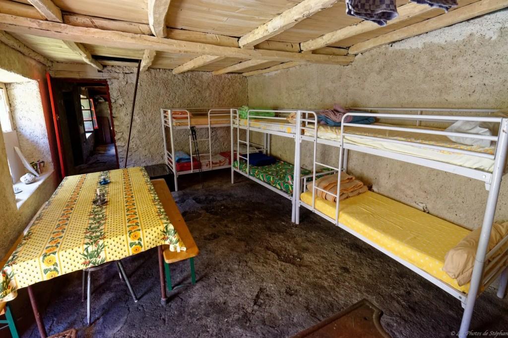 Cabane d'Aula - rénovation en juin 2019 18