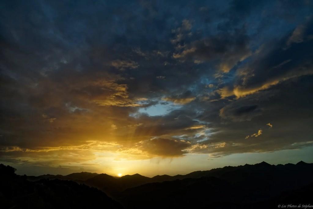 Lever de soleil depuis le col de la Serre du Cot