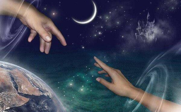 Depuis la nuit des temps, les hommes ont constaté certaines coïncidences, certains hasards dans leurs vies, et sans pour autant pouvoir expliquer pourquoi ces événements se manifestaient. Jung a dénommé ce phénomène la synchronicité
