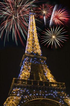 14 juillet bas tour Eiffel
