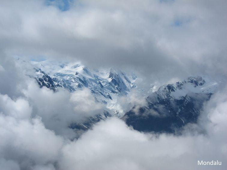 Eclaircie et vue du Mont Fox
