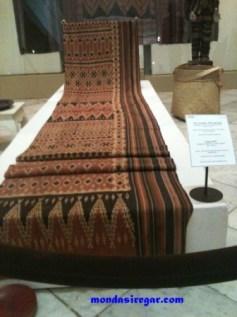Pori Panjang (Toraja) - Untannun Kameloan Museum Tekstil