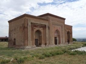 The mausoleum at Uzgen