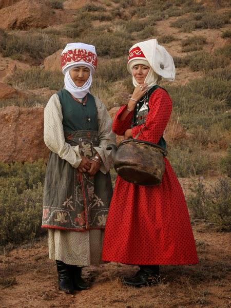 Tunduk Northern Elechek Kyrgyz Hat