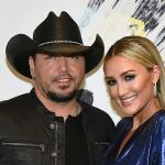 7 country artists married for at least a decade