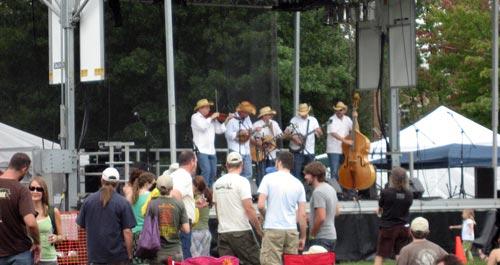 brewgrass-stage