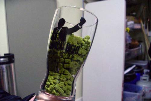 tasting-glass-hops