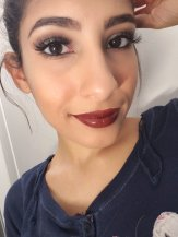 Essence soft contouring lip liner in deeply intoxicated
