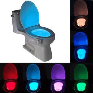 Luminaire toilette à détecteur de mouvements