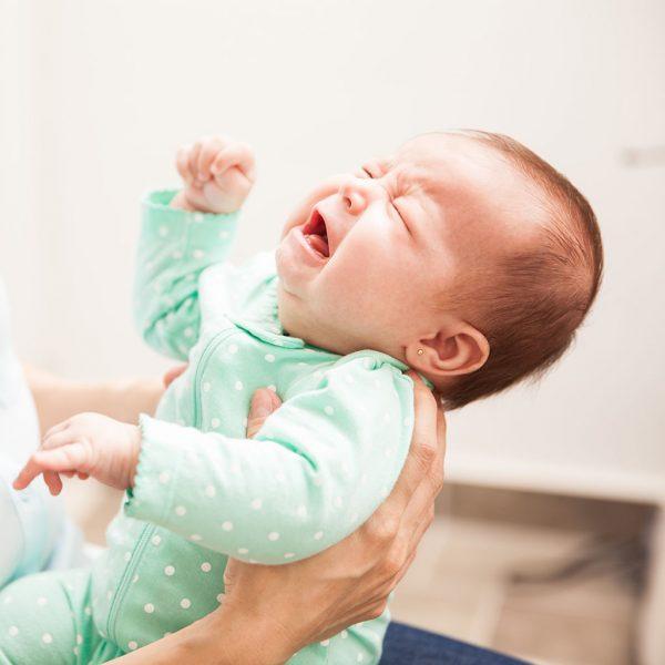 أسباب نقص وزن الطفل الرضيع