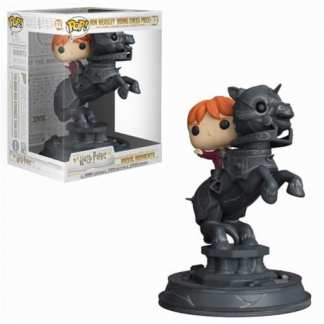 HARRY POTTER POP FUNKO VINYL FIGURE 82 MOVIE MOMENTS - RON RIDING CHESS PIECE