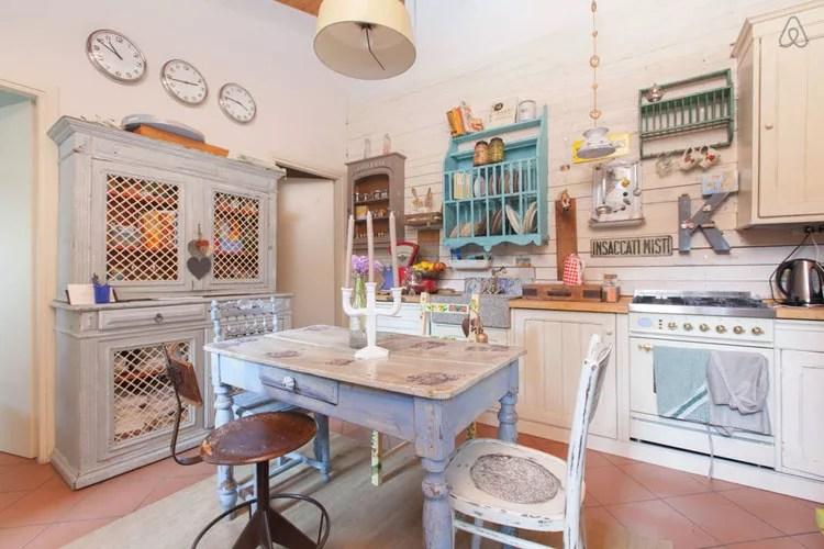 Grazie mille per il bellissimo portaspugna da cucina i. Cucine Shabby Chic 50 Idee Per Arredare Casa In Stile Provenzale Mondodesign It