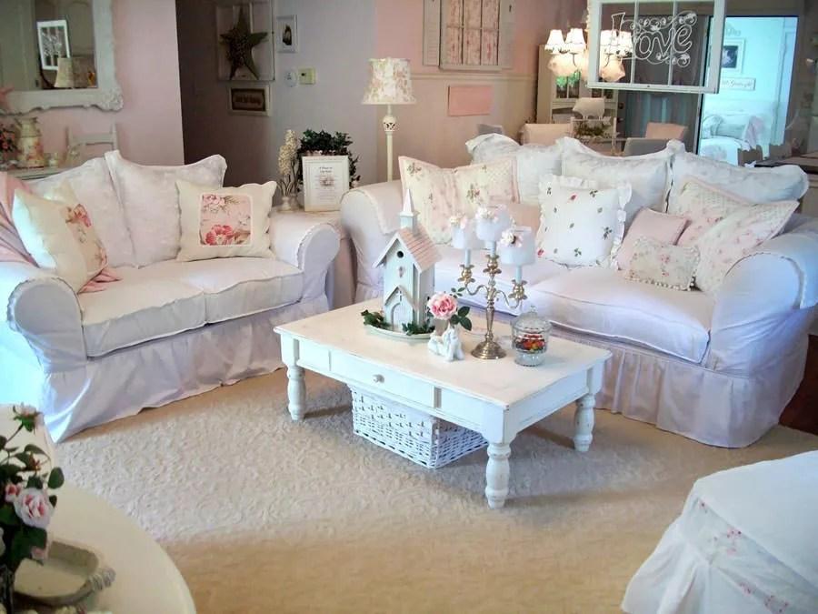 Un'idea per arredare il soggiorno in perfetto stile shabby chic è sicuramente quella di utilizzare mobili bianchi decapati che arricchiscono con eleganza la. 90 Idee Per Arredare Il Soggiorno In Stile Shabby Chic Mondodesign It