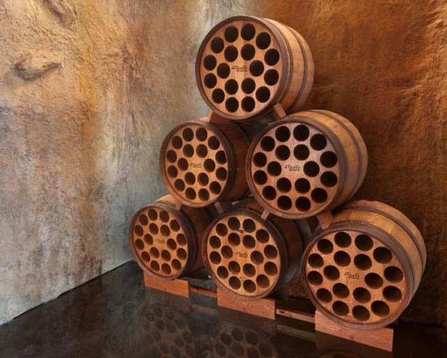 Patrón de soportes para botellas de vino 50 de la pared