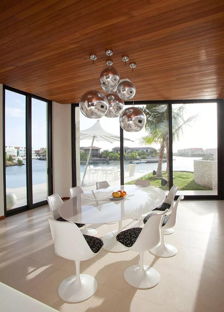 In alternativa alle lampade da tavola da pranzo, se per illuminare gli interni delle tue camere, vuoi una lampada a sospensione ma di diverso tipo, puoi. Lampadari Per La Sala Da Pranzo Dal Design Unico Mondodesign It