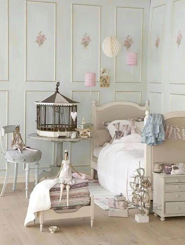 Uno stile romantico, antico e curato nei minimi dettagli, in grado di creare un ambiente da fiaba nella stanza delle bambine. 47 Camerette Per Bambini In Stile Shabby Chic Mondodesign It
