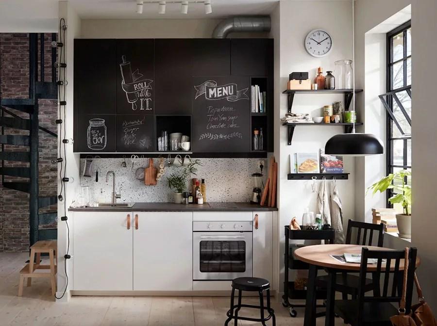 La soluzione ideale per open space e piccoli spazi. 27 Idee Per Arredare Una Cucina Piccola Con Ikea Mondodesign It