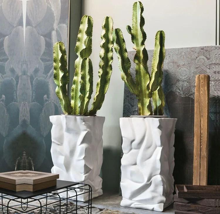 Tao portavaso da terra con piedistallo da giardino in ferro nordico. 30 Stupendi Vasi Per Piante Da Interno Mondodesign It