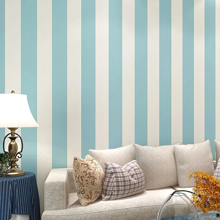 Parete a righe effetto carta da pareti realizzato con vernici per interni,. Pareti A Righe Verticali 25 Idee Da Copiare Per Decorare Gli Interni Mondodesign It