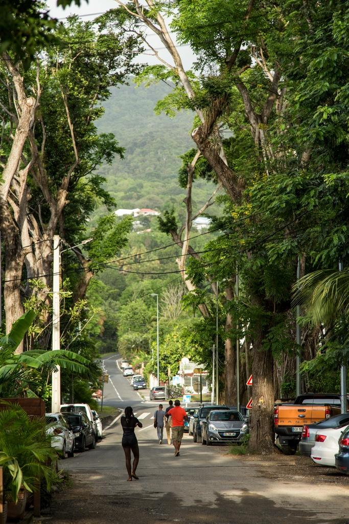 Guadeloupe utazás információk repülőjegy eu euro telefon roaming karib-tenger francia tengeren túli terület mondolo