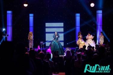 Violet Chachki veste House of Canney no Gran Finale do Rupaul Drag Race Season 8 @ divulgação (9)