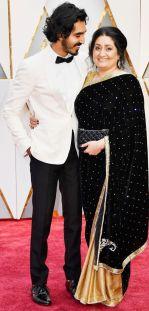 Oscar 2017 Dev Patel (Burberry) e mãe @ Getty
