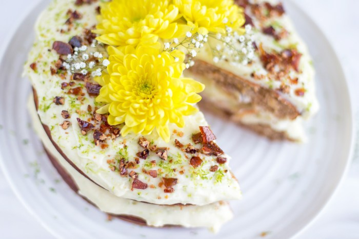 Hummingbird-Cake-Jamie-Oliver-12