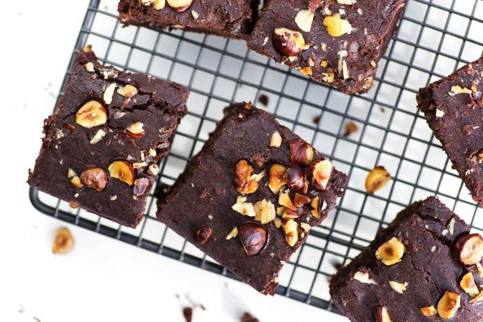 Black-Bean-Brownies-Hemsley-4