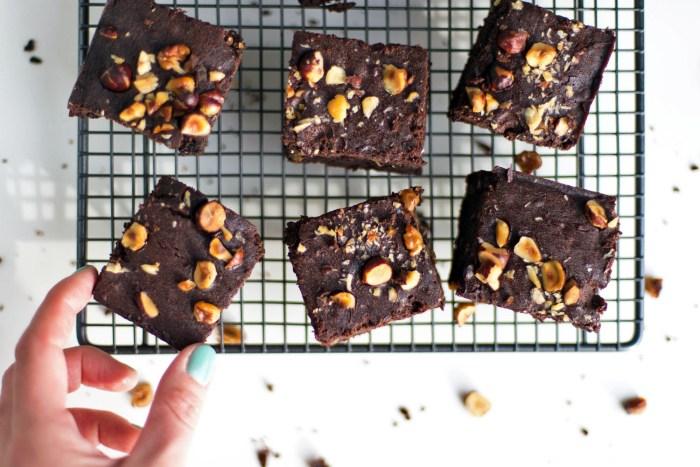 Black-Bean-Brownies-Hemsley-9