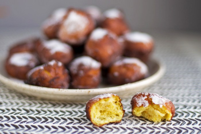 Castagnole-Ricotta-Fritters-10