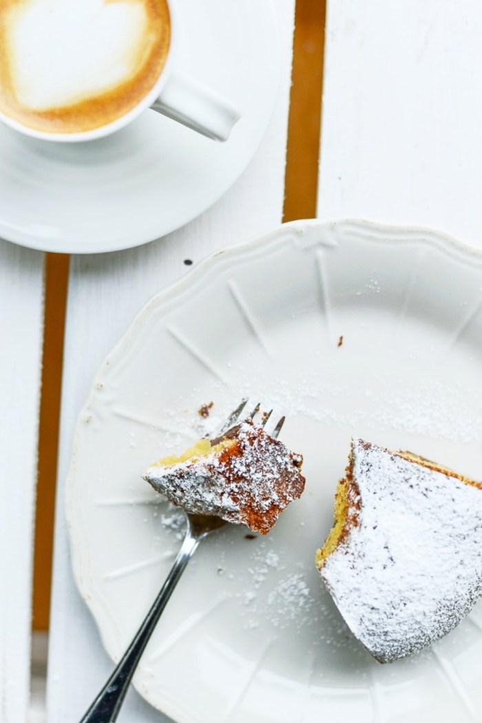 Dark Chocolate, Yoghurt and Avocado Cake