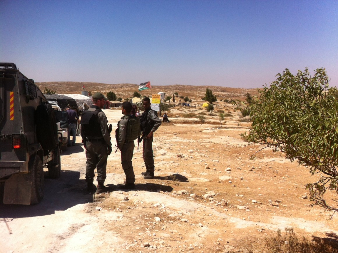 Soldiers enter Susiya