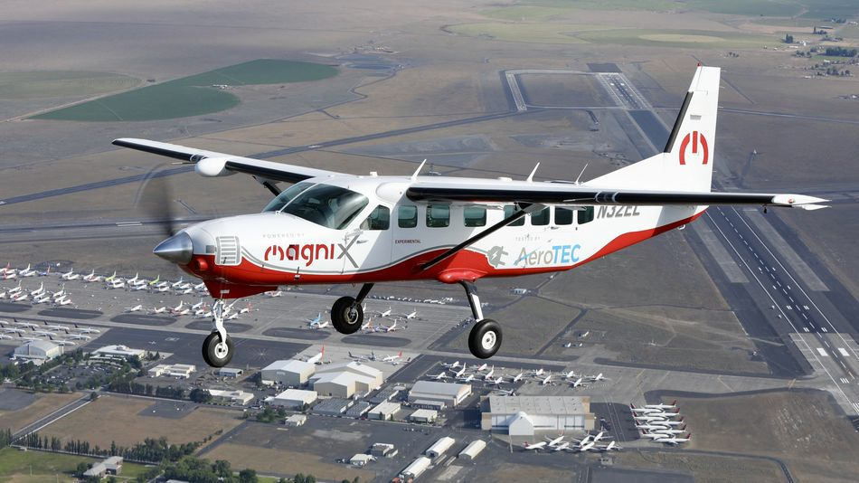 Plane takes flight over Washington, with no fuel. (It's electric.)