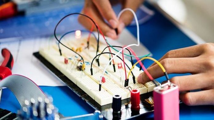 The PIC Microcontroller Engineering Projects course package is available for sale.
