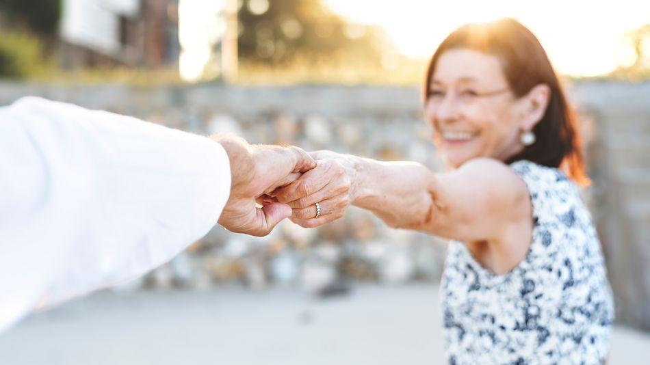 lead img best dating sites for seniors uk