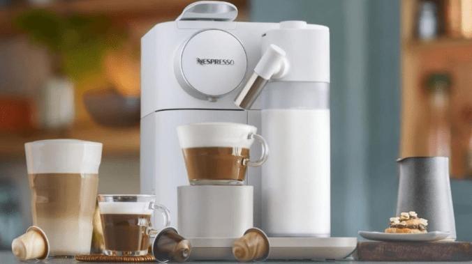 Save over £100 on the De'Longhi Lattissima Touch coffee machine