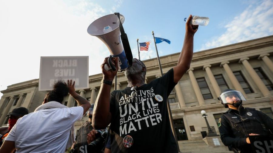How to demand justice for Jacob Blake and support Kenosha protesters