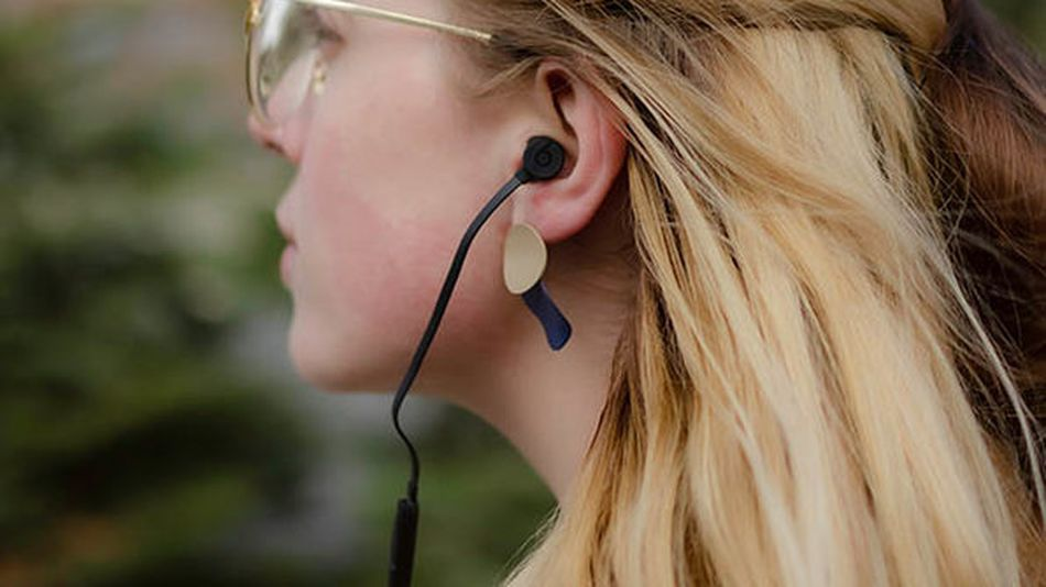 Get a personalized fit with multiple ear tip options.