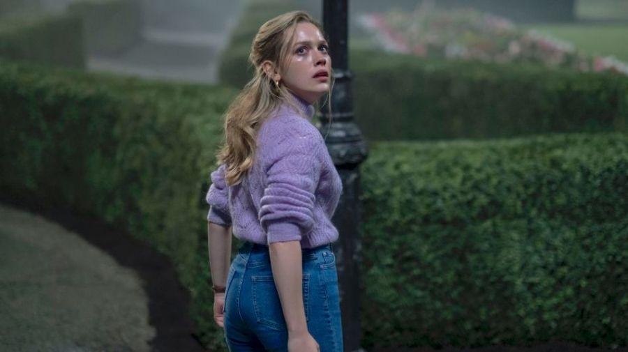 Netflix drops final, hair-raising 'Haunting of Bly Manor' trailer