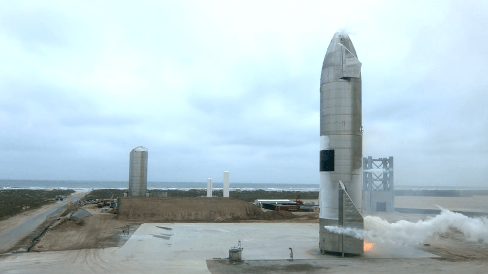 Watch SpaceX's Starship SN15 land and not blow up