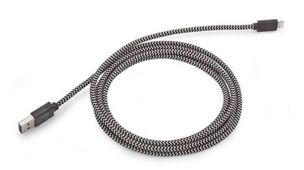 iPhone: Deal with less tangles thanks to the flexible cloth fiber.