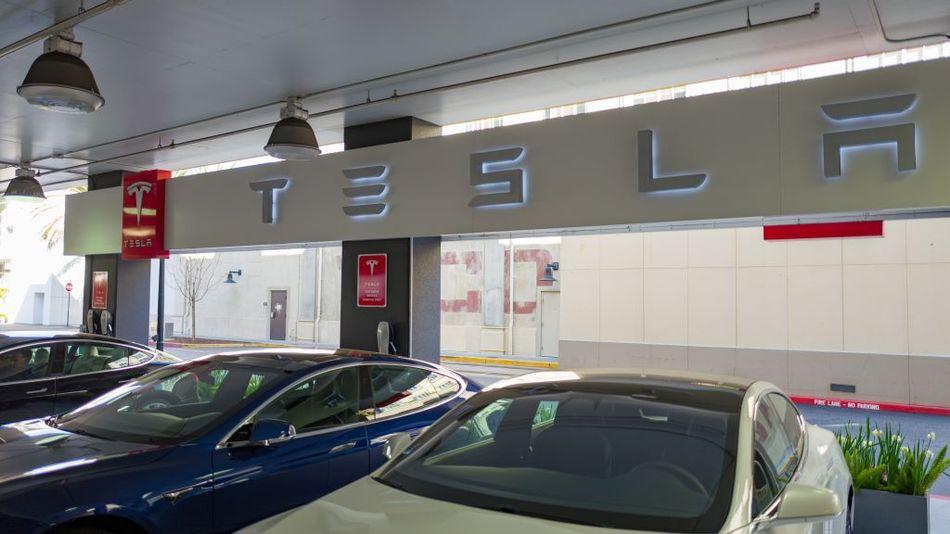 Tesla hikes prices, again