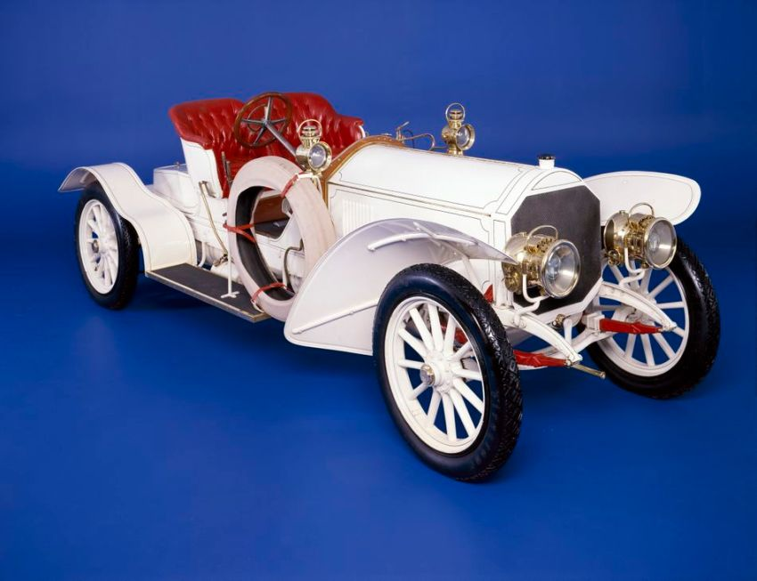 The 1907 Mercedes Simplex 70 horsepower Sportswagen.