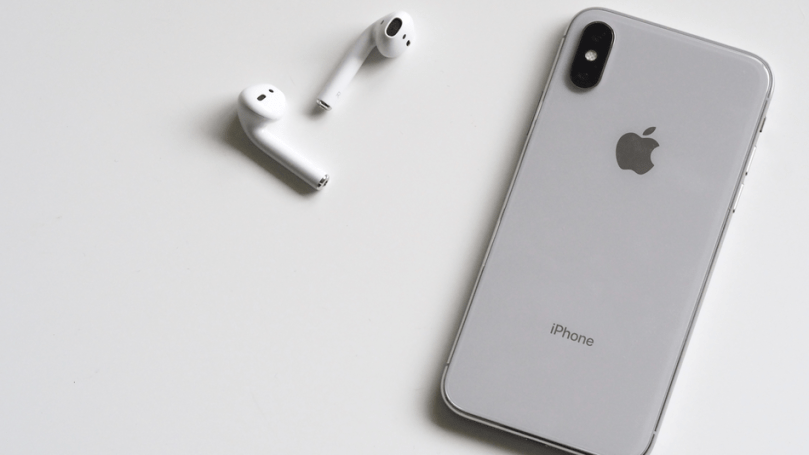 Get Apple AirPods worth £159 with purchases of selected iPhones on Carphone Warehouse.