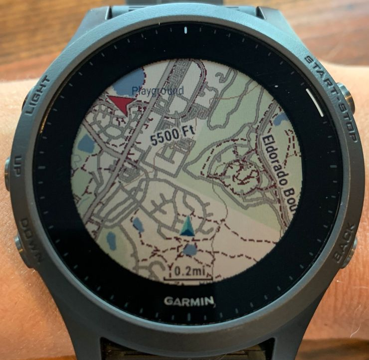 It picks up a GPS signal almost instantly.