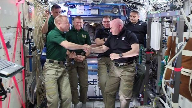 Scott Kelly handing over space station command in February 2016.