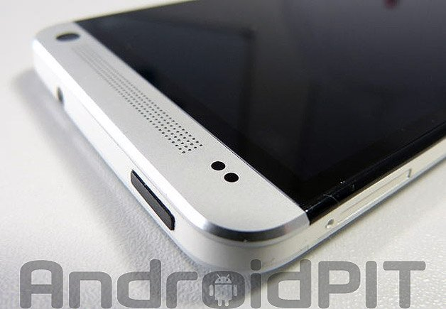 Как исправить черный экран на HTC One